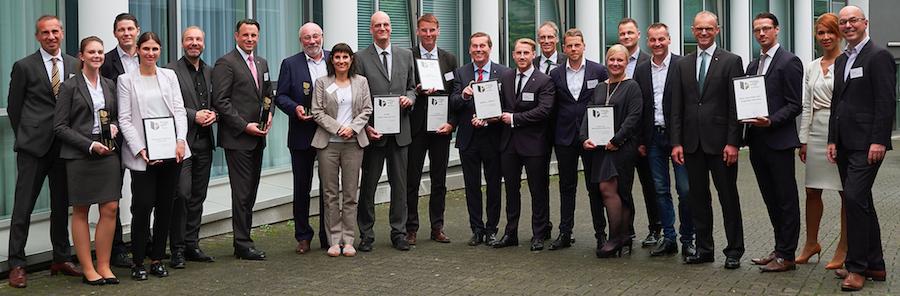 AMC-Meeting Frühjahr 2017: Preisträger German Brand Award Special Versicherungen